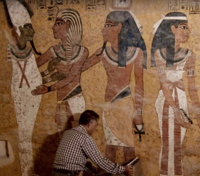 Image: Tut's tomb scanned