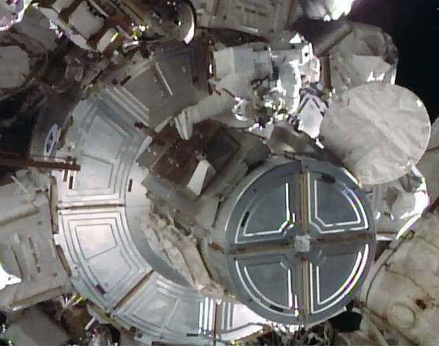 Image: Tim Kopra on spacewalk