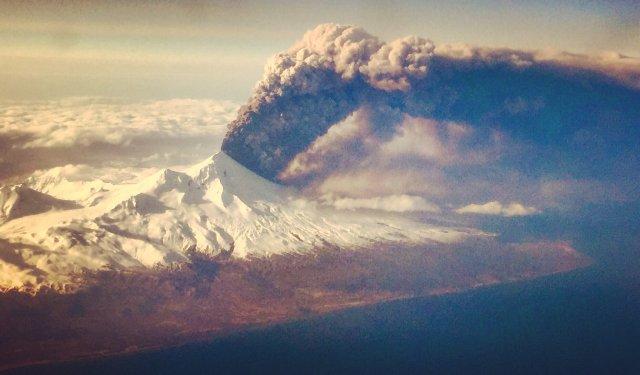 Image: Pavlof eruption