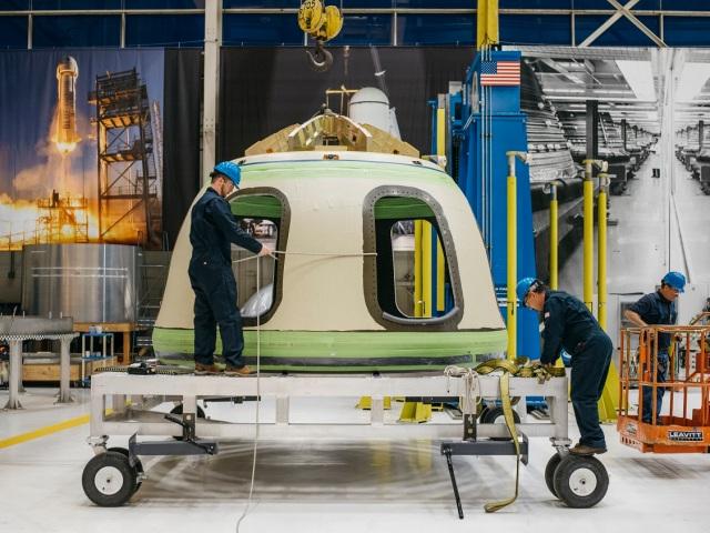 Image: Blue Origin crew capsule