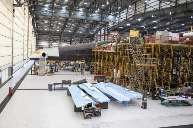 Image: Stratolaunch hangar