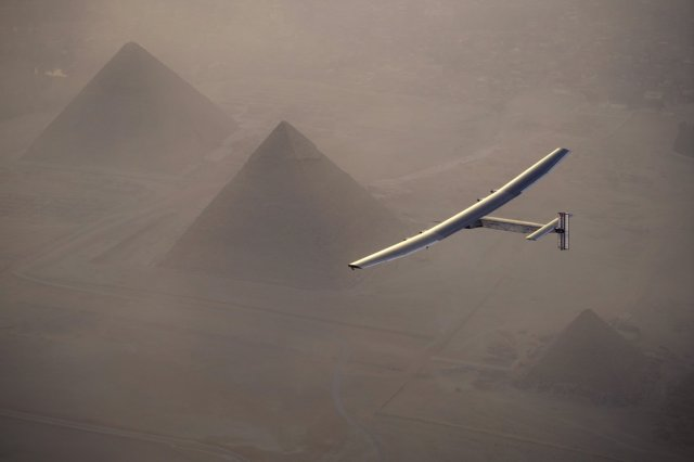 Solar Impulse over pyramids