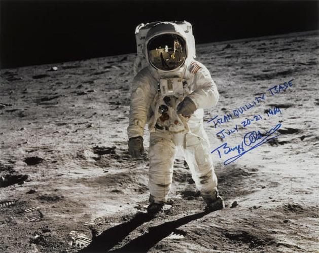 Buzz Aldrin picture on moon