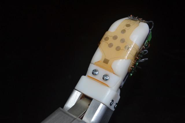 Robotic skin on finger
