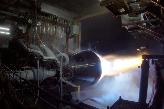 BE-4 engine firing