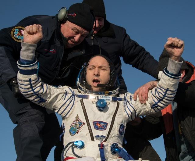 Randy Bresnik's landing