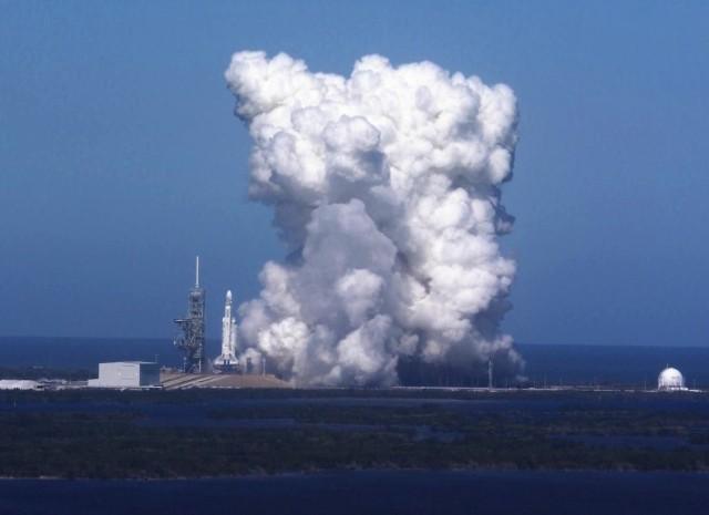 Falcon Heavy engine test