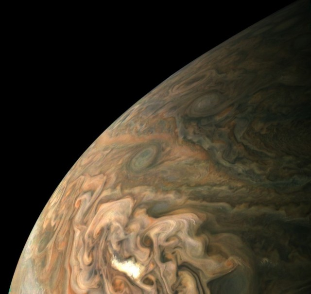 Juno picture of Jupiter