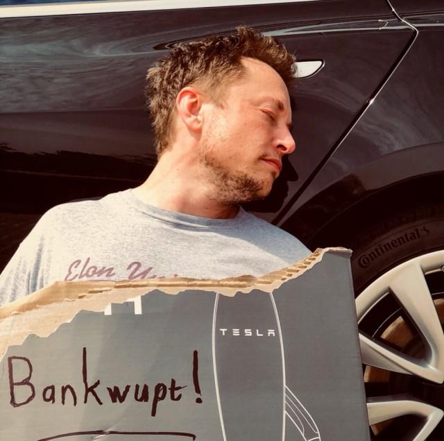 """Elon Musk """"bankwupt"""""""