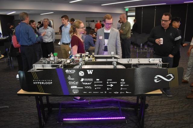 Hyperloop pod racer