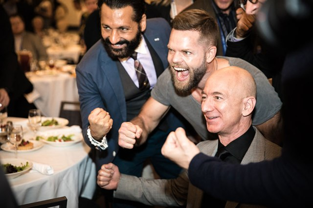 Bezos and 'Expanse' cast