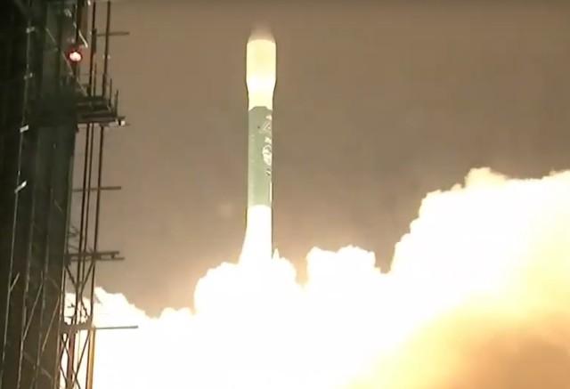 Delta 2 launch