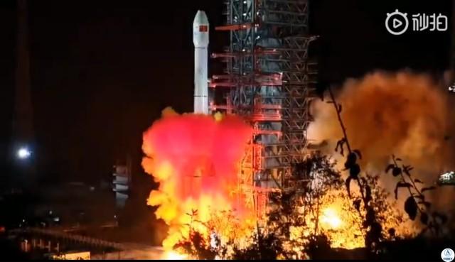 Chang'e-4 liftoff
