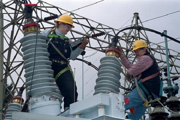 Power substation maintenance