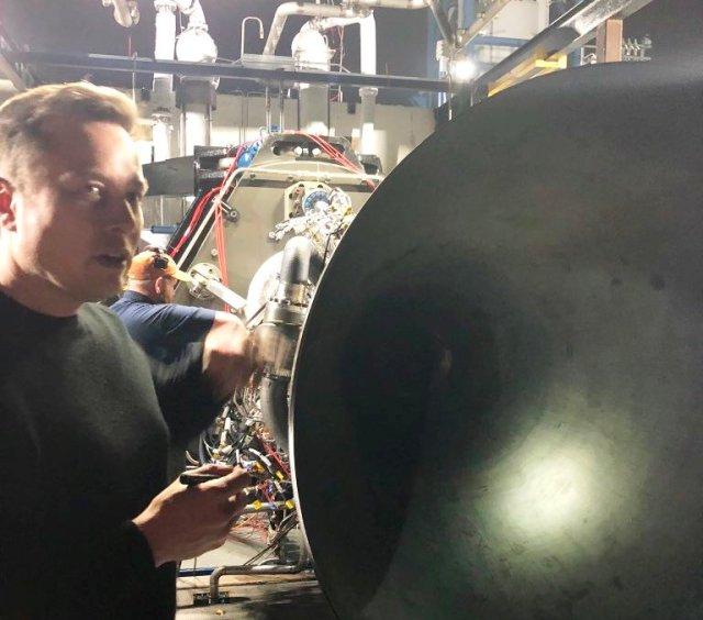 Elon Musk and Raptor engine