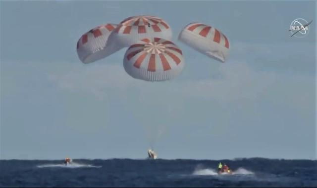 SpaceX Crew Dragon splashdown